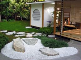 Использование камней в дизайне участка